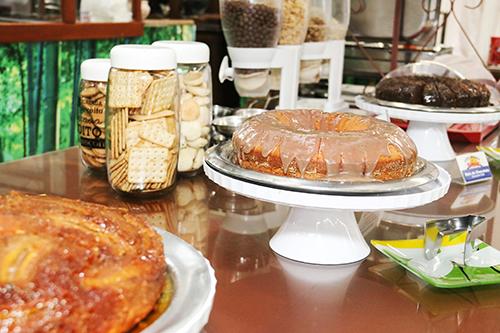 café da manhã - bolos e bolachas
